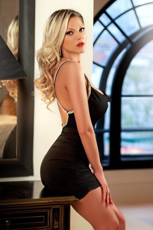 Agetha 34DD Hot Blonde Busty Earls Court Escort in London