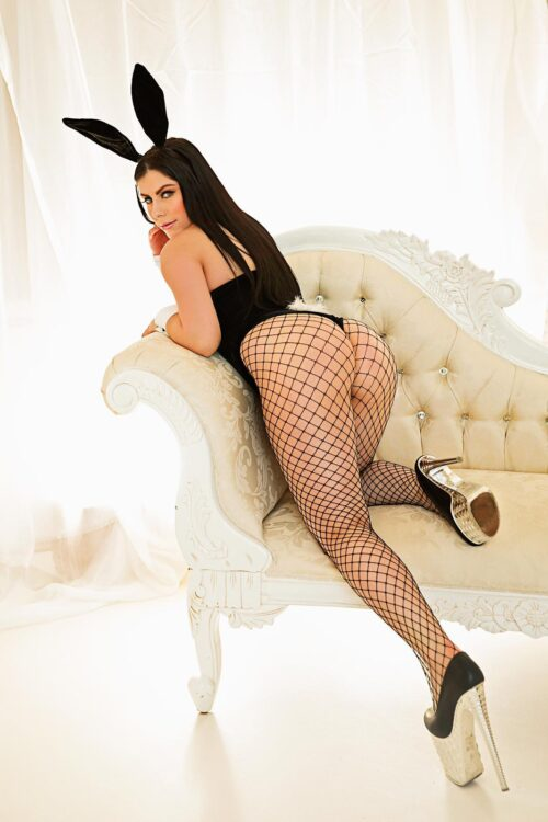 Angela 36D Busty Young Paddington Escort in London