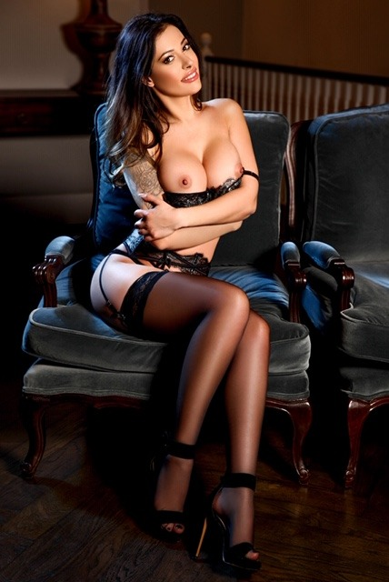 Antonia 36C Busty Slender Classy Brunette South Kensington Escort in London