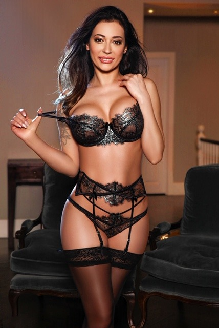 Antonia 36C Slim and Slender Classy Brunette South Kensington Escort in London